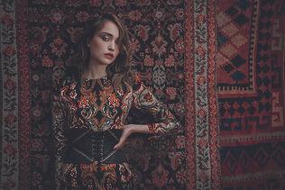 01_COVER_riad-dress-corset ikat -06_090_c_lupi_spuma.jpg