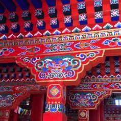 säulen_tempel_bunt.jpg