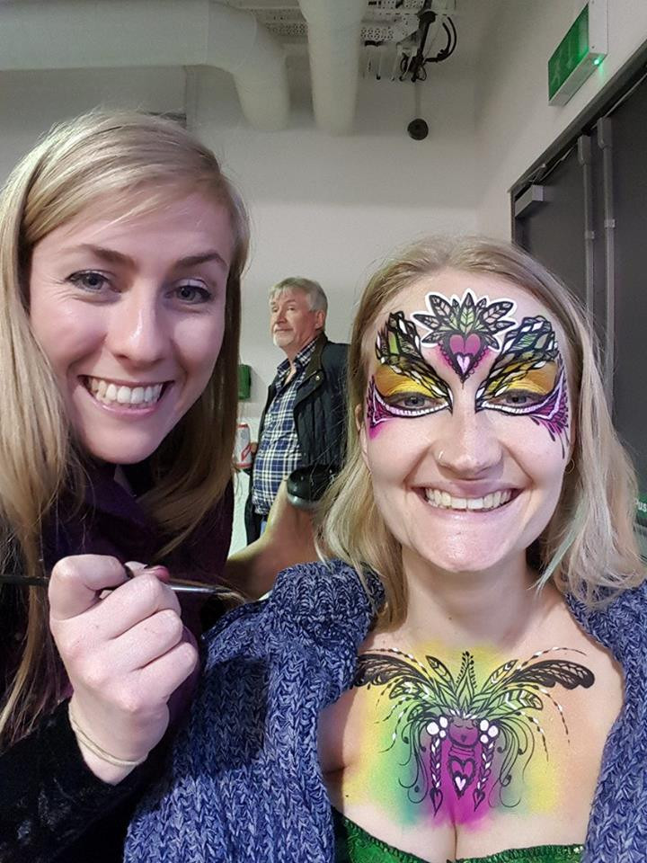 Mid paint selfie with the lovely Frankie  #model  #bodypainting #eastlondon #facepainting #smiles