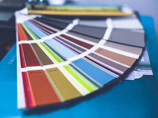 CHOOSING A PAINT COLOR