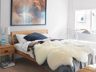 EASY TIPS TO MAKE YOUR BEDROOM FEEL LARGER