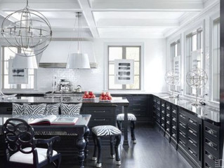 BLACK & WHITE KITCHENS