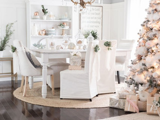 SMALL SPACE? HOW TO DECORATE FOR THE HOLIDAYS!