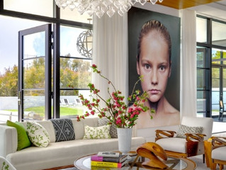 HOW TO USE WHITE FURNITURE IN YOUR LIVING ROOM