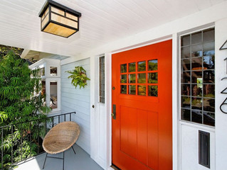 WHAT THE COLOR OF YOUR FRONT DOOR TELLS PEOPLE ABOUT YOU!