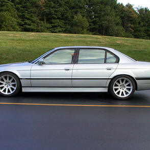 998-e38-750il-with-6spd-manual-transmission-4.jpg