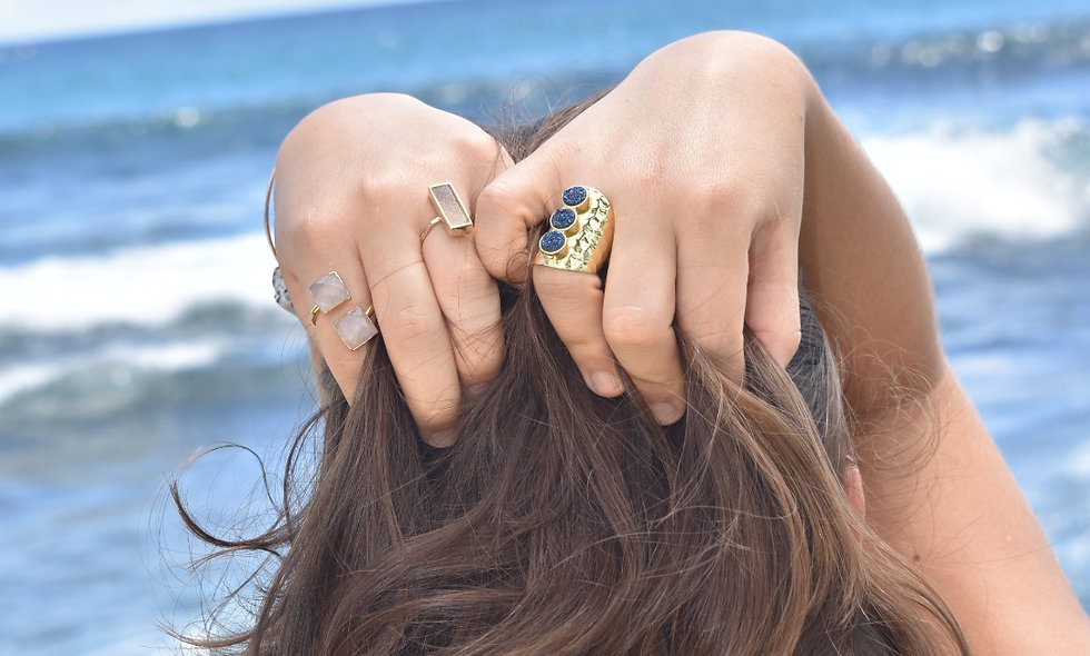 Crystals and Metal Rings