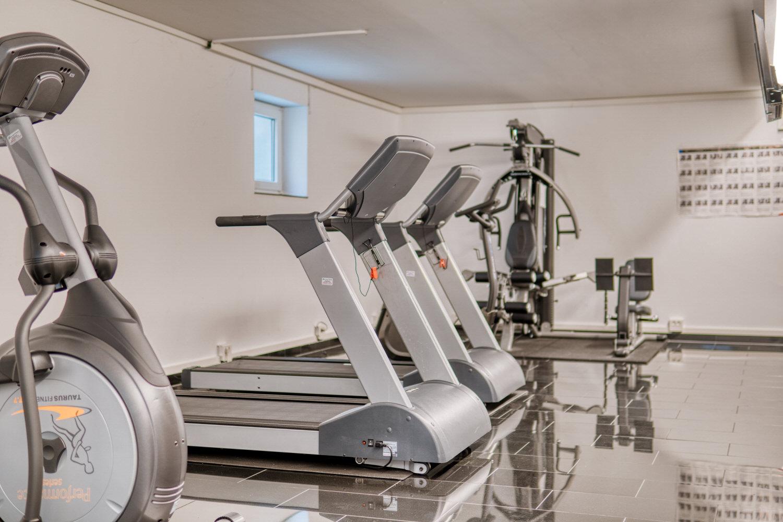 Max aparthotel - Fitnessraum mit Laufband