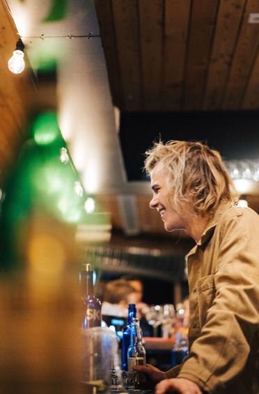Glade bartendere
