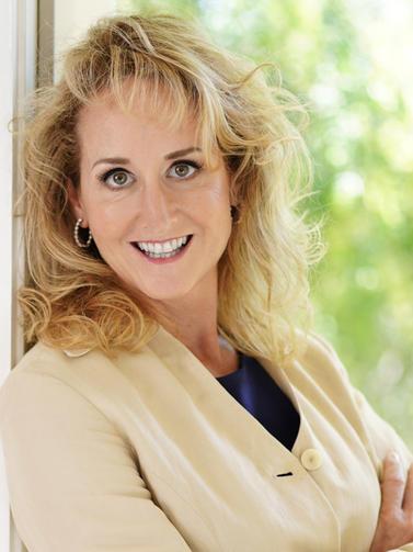 Cindy Worthington, Wells Fargo