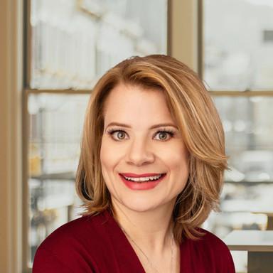 Lisa Bader