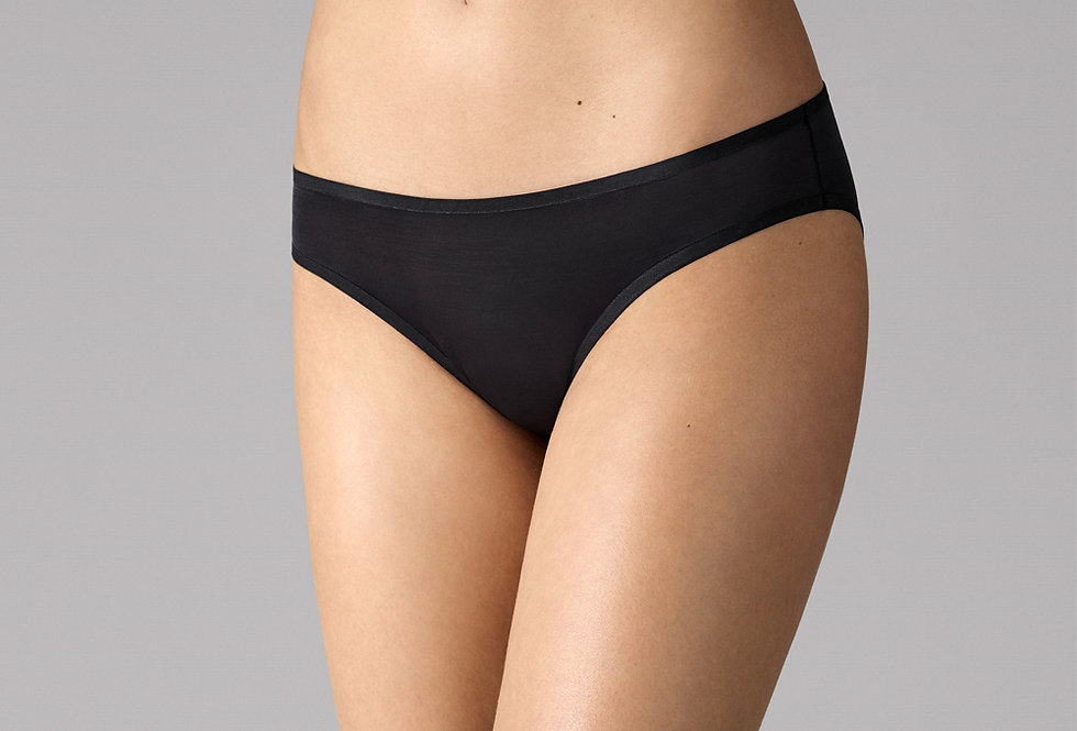 Wolford Sheer Touch Tanga | 696-43