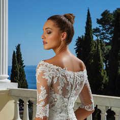 Volledig kanten fit & flare-jurk met doorschijnende rugpartij STIJL 88114