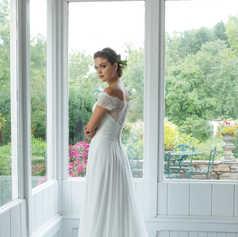 Offshoulder A-lijn jurk van crêpe chiffon met kanten lijfje STIJL 11059