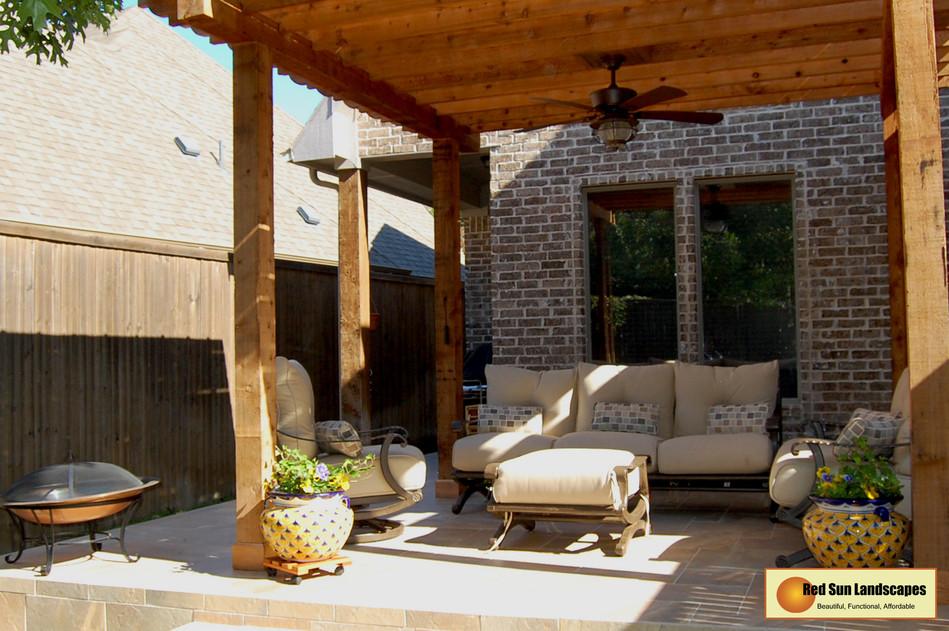 Backyard_01.jpg