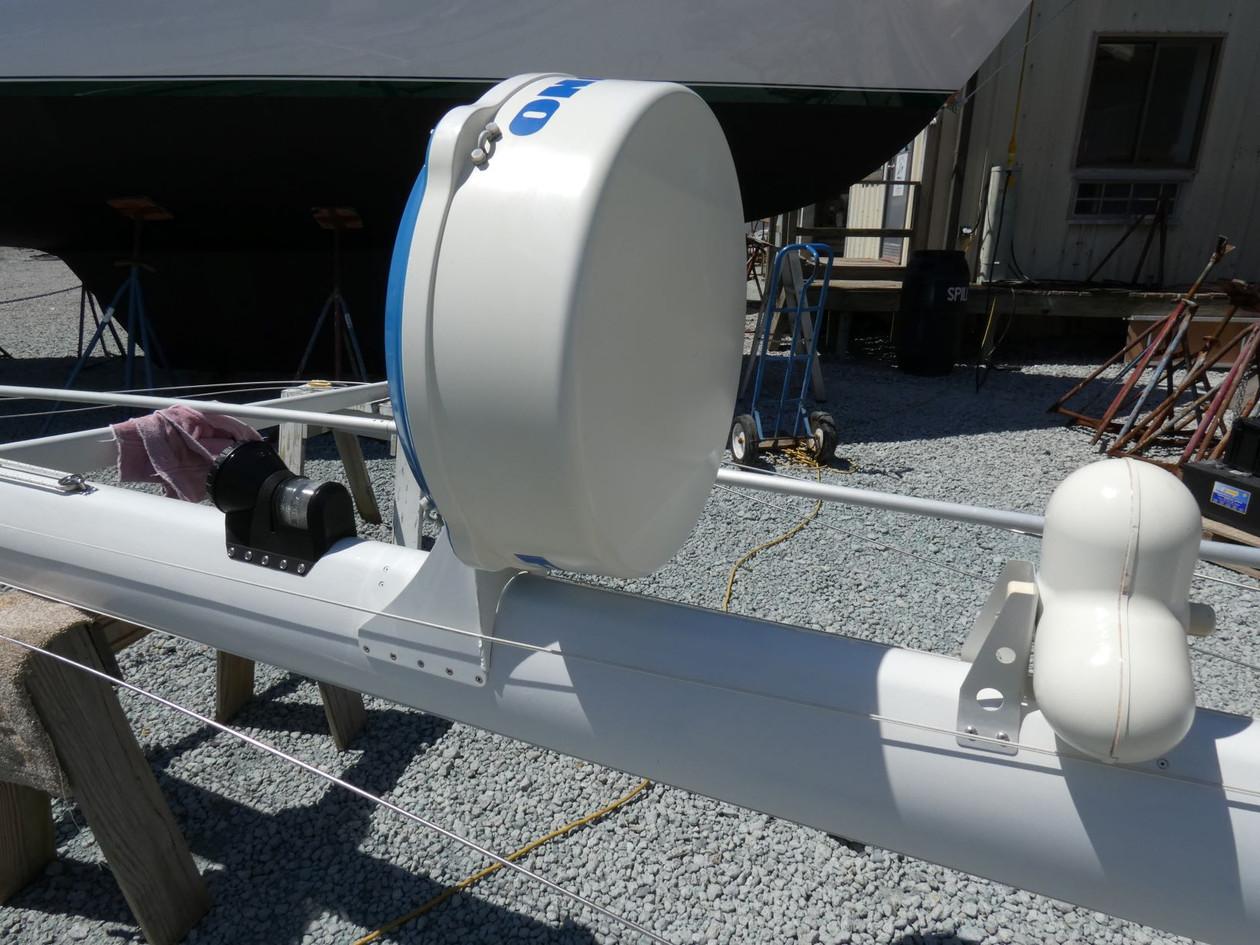 Mast Radar 2.JPG