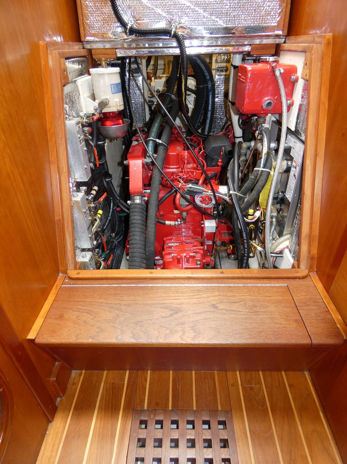 Engine Front 3.JPG