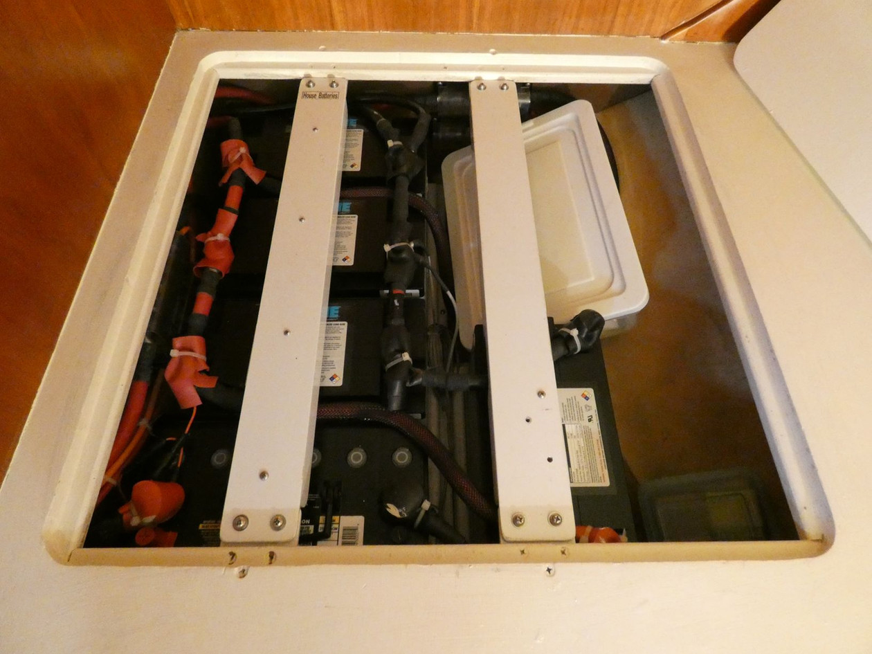 Battery Locker 1.JPG