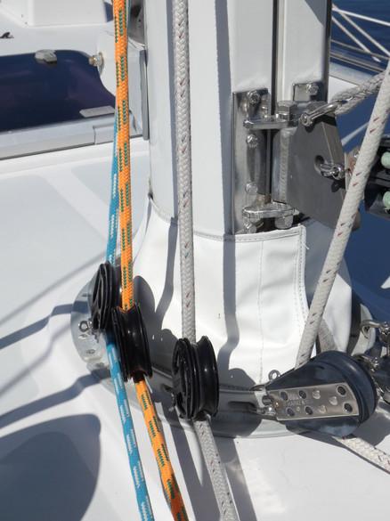 Mast Base 3.JPG