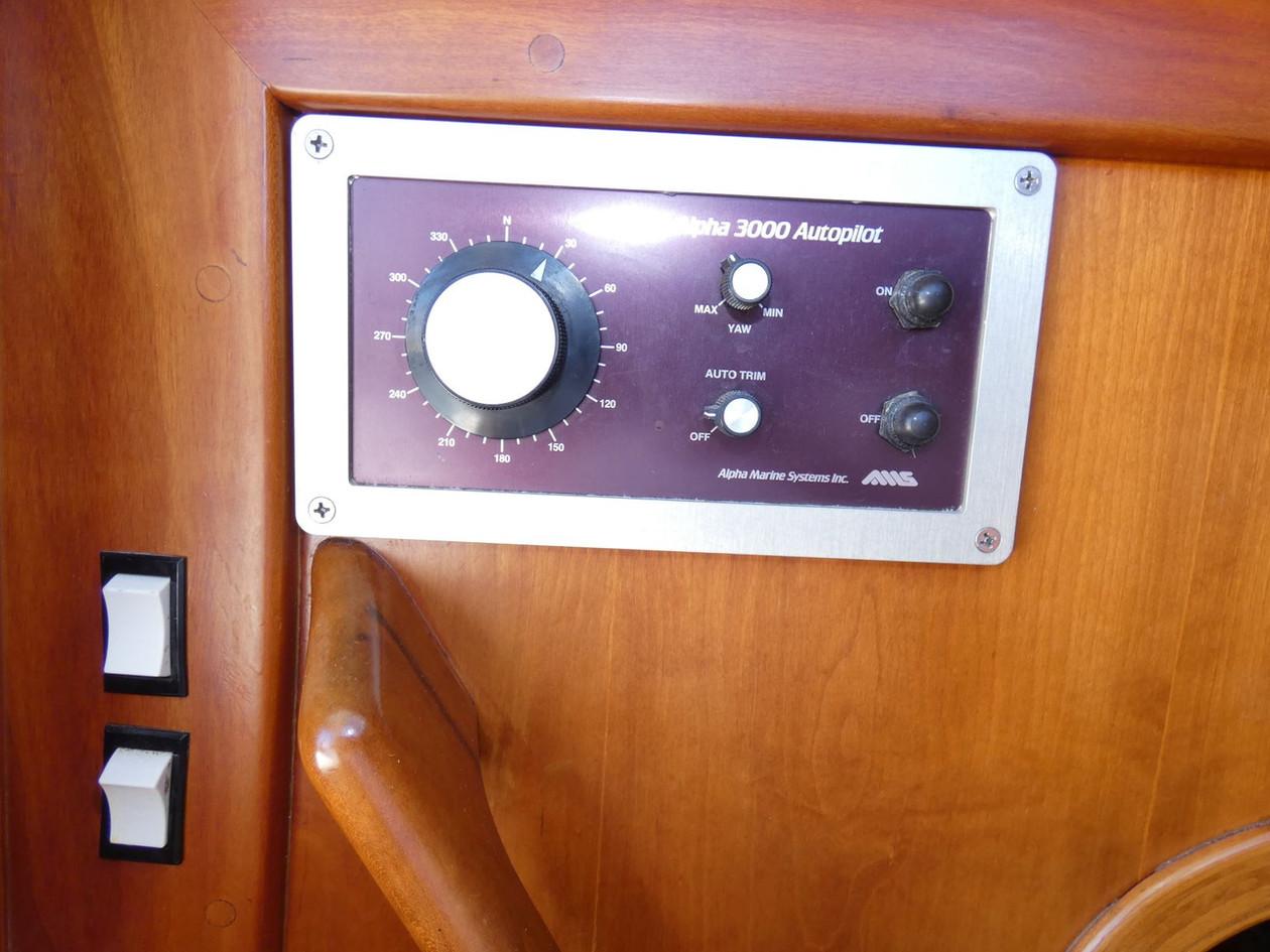 Autopilot Control.JPG