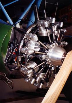 EngineMounted02