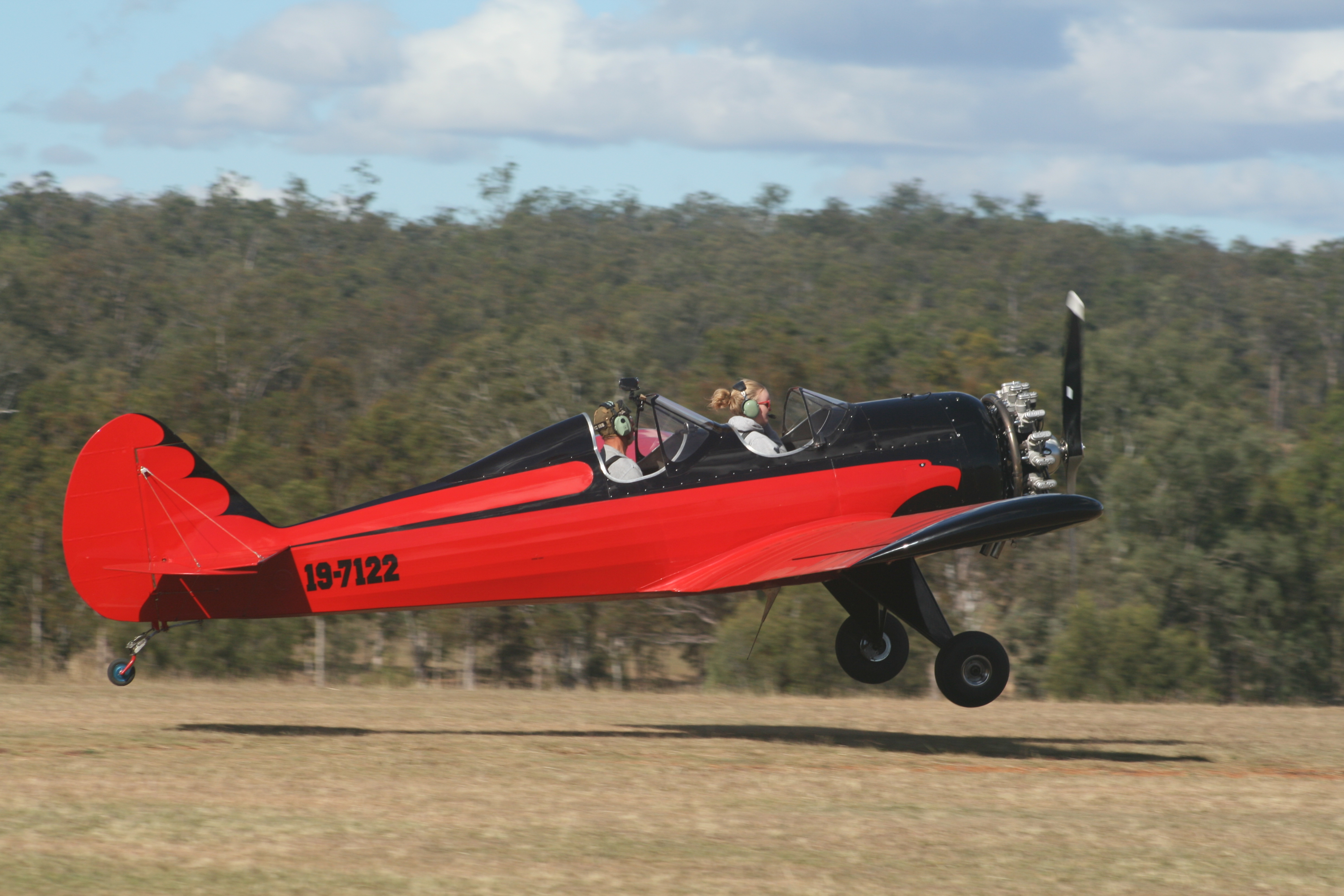 Space Walker Landing 12-2011