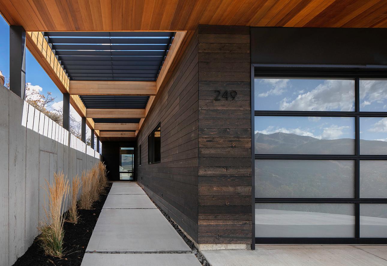 Frank House Entry 2.jpg