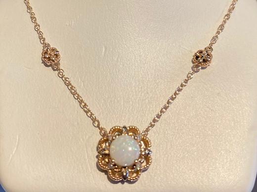 Opal_Gold Necklace.jpg