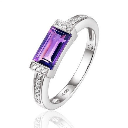 14 K White Gold 0.93 CT Amethyst and 0.06 CT TW Diamond Ring