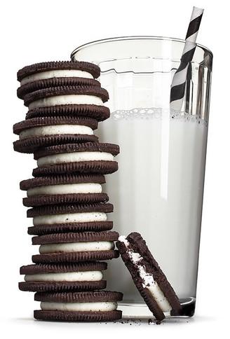 Milk-and-Cookies_edited_edited.jpg