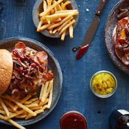 Hickory-Bridket-Bacon-Burger01.jpg