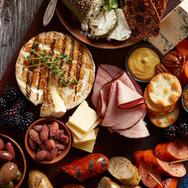 Saag-Sausage-Cheese-Trey_016.jpg