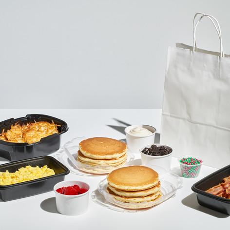 Shot 17 Holiday Pancake Family Feast 034