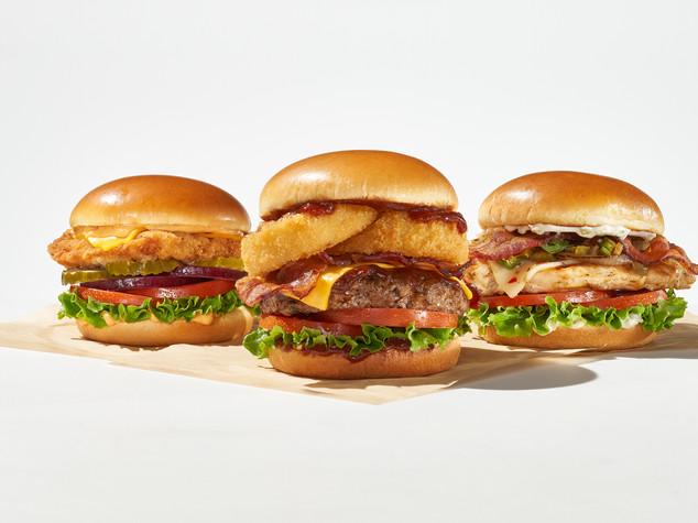 Shot 06 3 Burgers