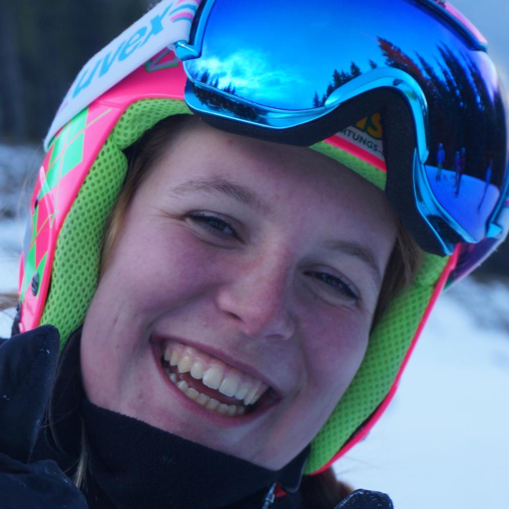 Magdalena Ramsauer - Ski Trainer