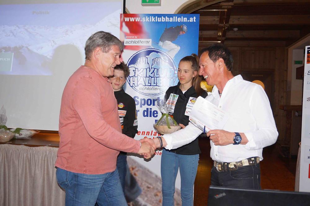 Bürgermeister Helmut Klose und Walter Alber