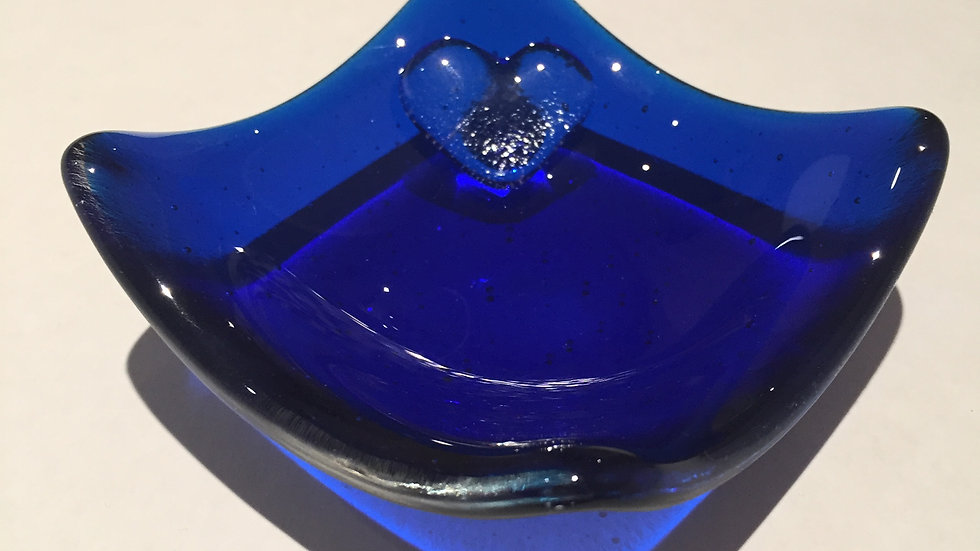 Bright blue trinket dish with a simple clear glass heart 9cm x 9cm