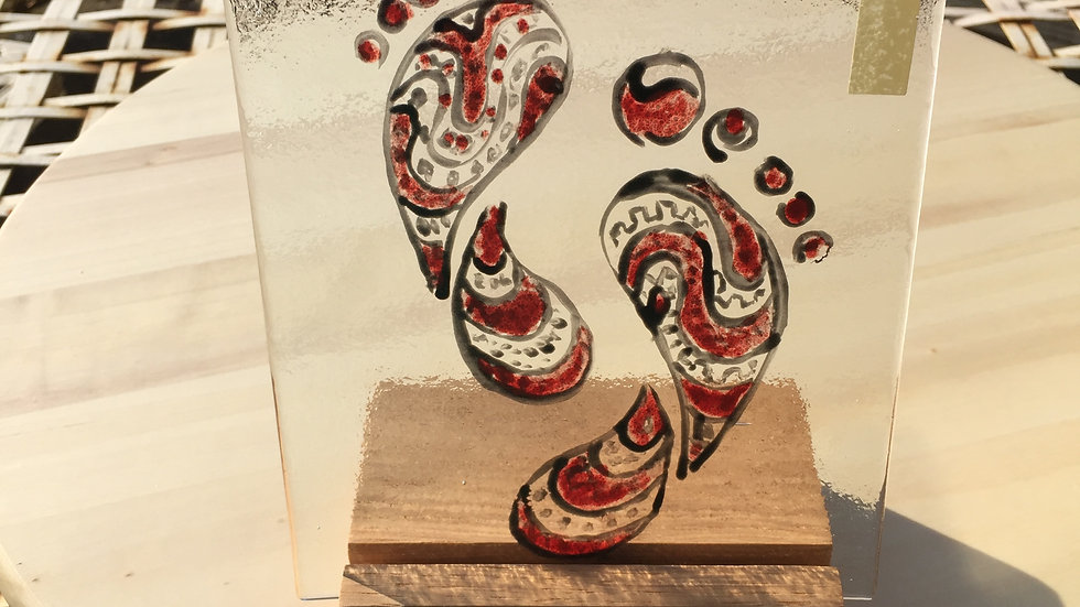 Red & Black Footprints Main Glass Panel (30)