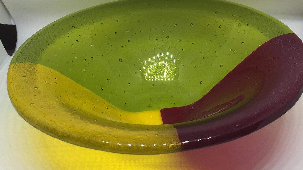 Deep bowl of colour 18cm diameter