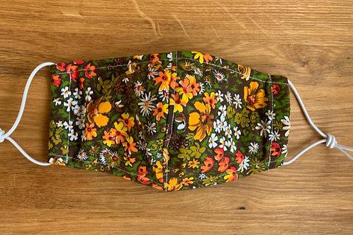 Schutzmaske grüne Blumenwiese