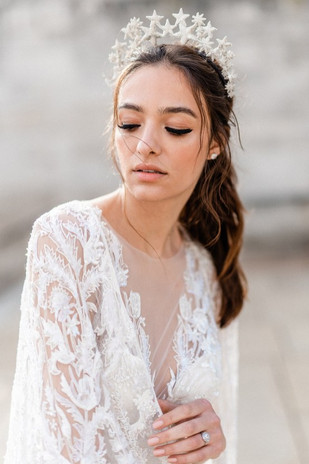 Luxurious-and-Opulent-Wedding-Inspiration-Featuring-Six-Stunning-Dresses-Gianluca-and-Mary