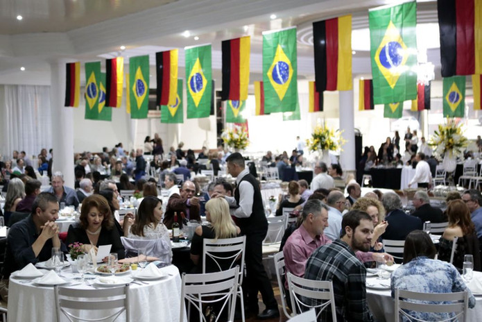 20a-festa-do-marreco-recheado-5b09ff8b68