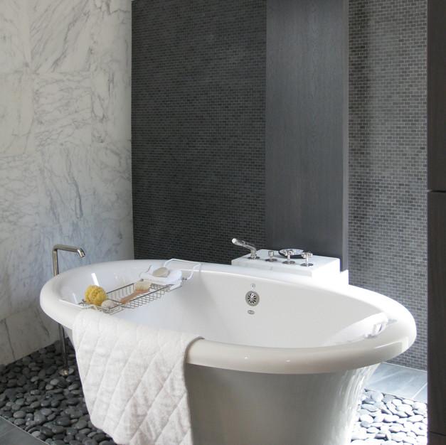 Kings Point Luxury Bathroom Addition