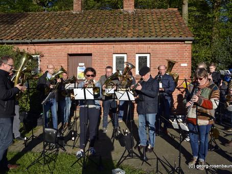 Unser Orchester unterstützte im April Bakumer Vereine