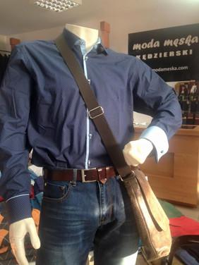 Koszula MMER, spodnie WESLEY, torba DAAG
