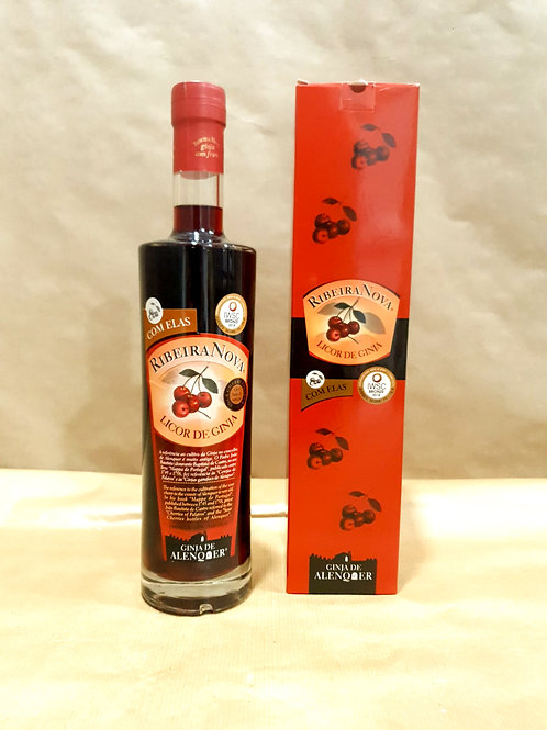 Licor de Ginja Ribeira Nova Ginja de Alenquer com fruto