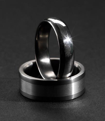 Titanringar med silver