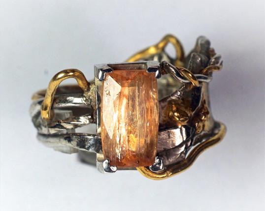 Guld & silverring med imperial topas