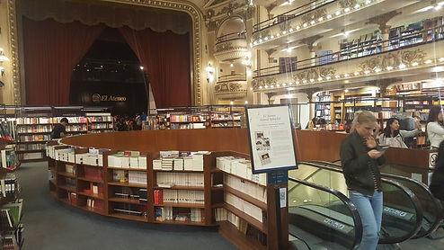 Livraria Ateneo, antigo teatro reformado. Buenos Aires.