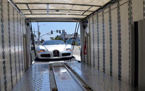 Enclosed-Auto-Transport-3